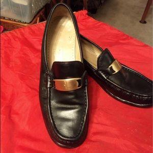 Ferragamo black leather flats